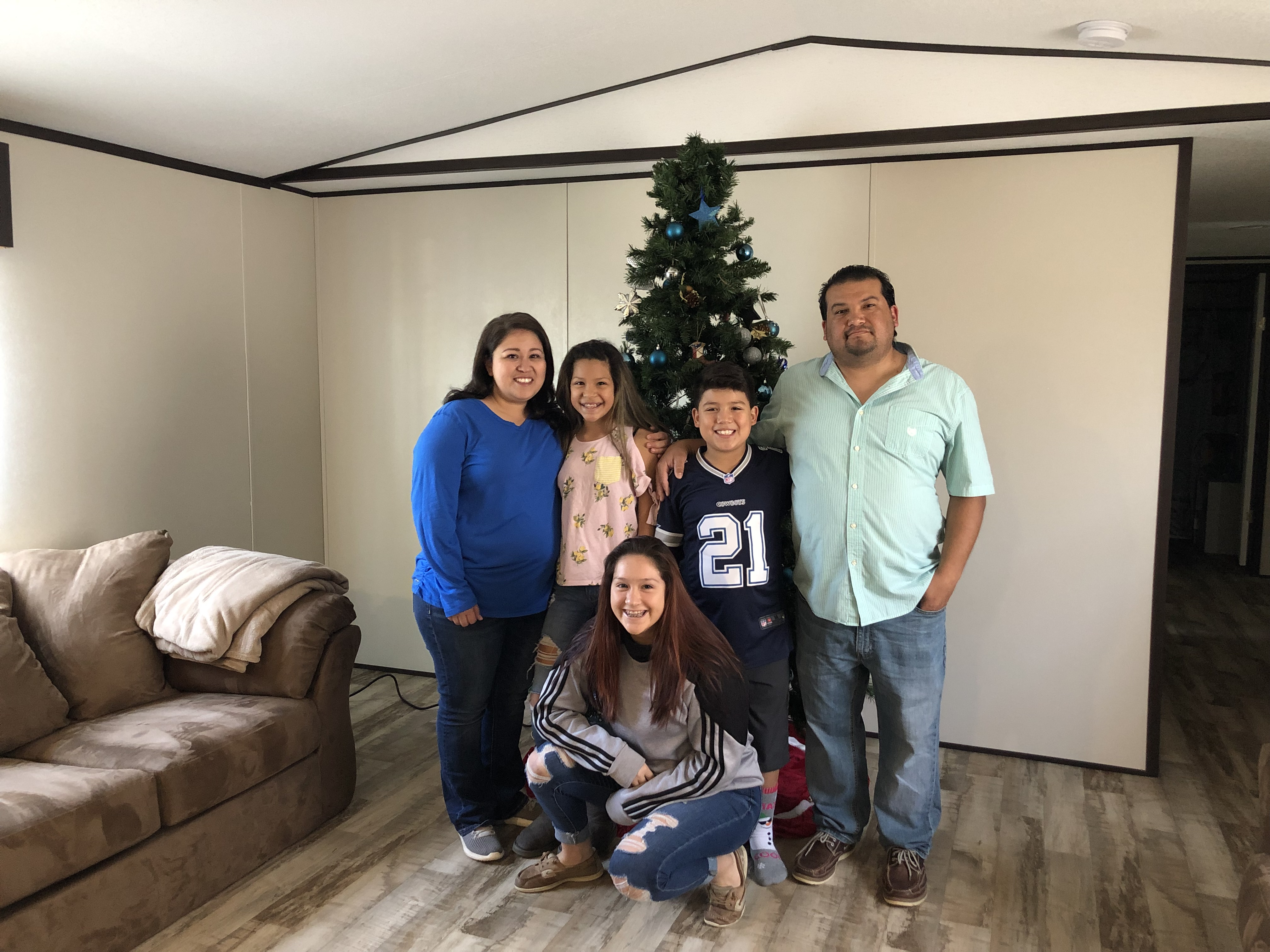 Family For Christmas.Woodsboro Family Glad For New Home In Time For Christmas